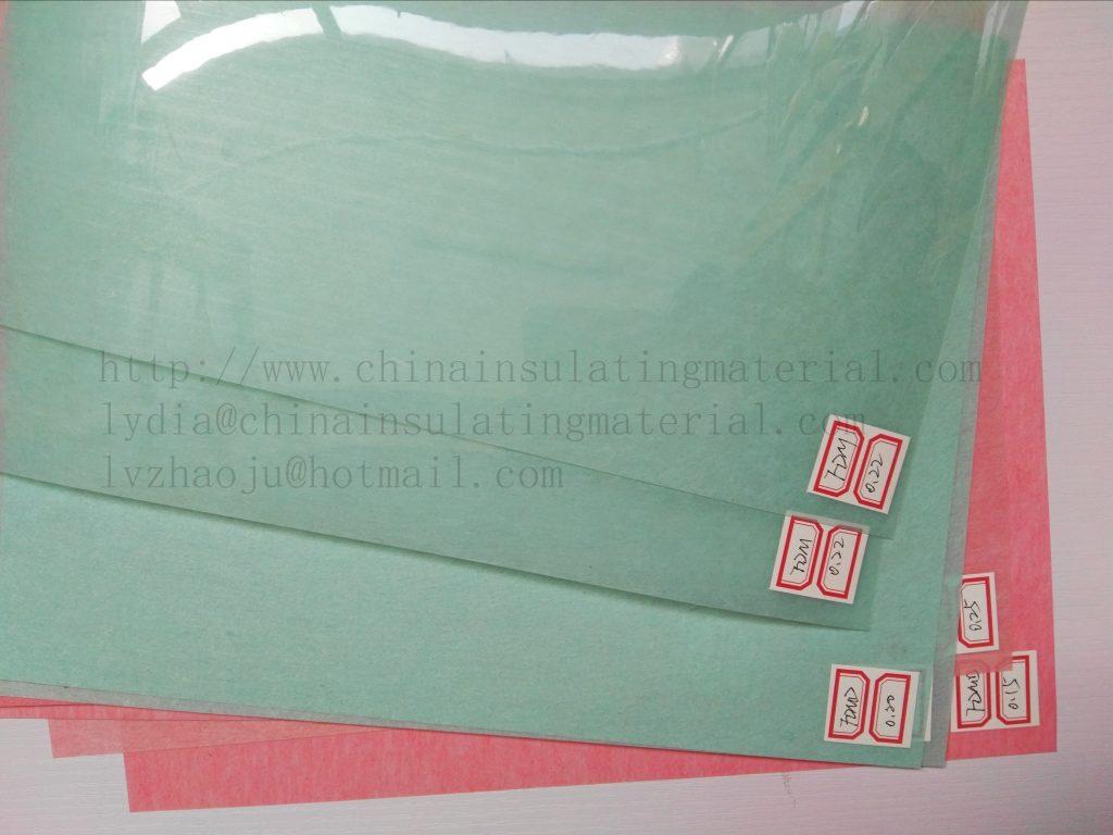 Polyester film/non-woven polyester F DMD